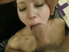 Порно ссут друг другу в рот