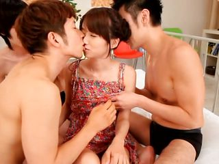 Смотреть порно с азиатками в hd phorum