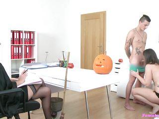 Частное порно мужа и жены
